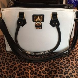 White and gray snakeskin faux leather purse